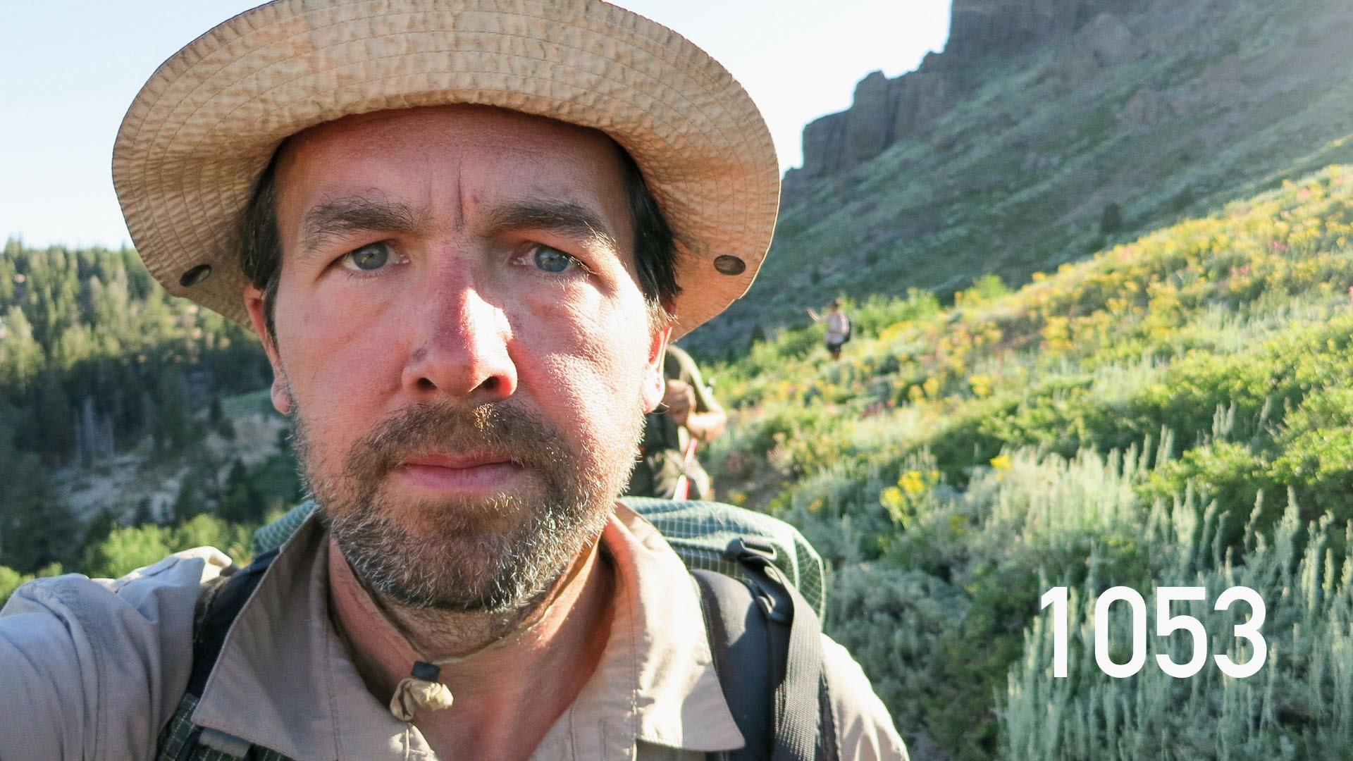 """بالفيديو: رجل مغامر يلتقط 2600 صورة """"سيلفي"""" في 4 دقائق"""