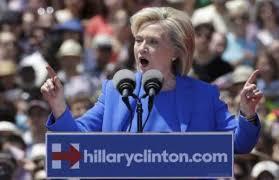 هيلاري كلينتون تهاجم جيب بوش بشان العراق ردا على اتهاماته