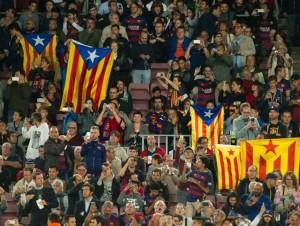 الإتحاد الأوروبي لكرة القدم يعاقب برشلونة