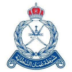 شرطة البريمي توقف آسيوي لمحاولة تهريب 6 أشخاص