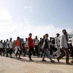 العثور على جثث ل٢٥ مهاجراً على متن قارب مطاطي