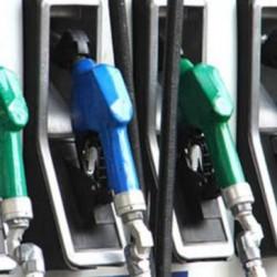 24 محطة تعبئة وقود إضافية بالسلطنة في2016