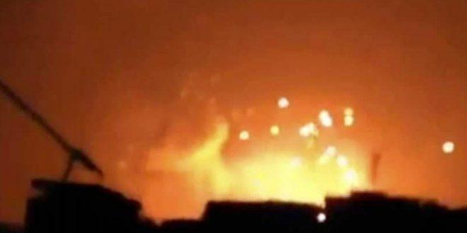 القوات السورية تتصدى لصواريخ كانت متجهة صوب مطار عسكري بالقرب من حمص