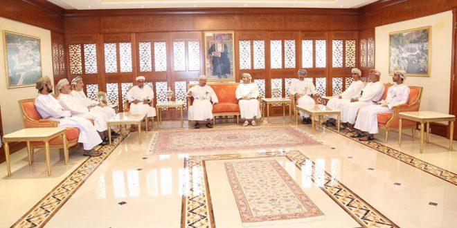 وزير الداخلية يلتقي برئيس وأعضاء اللجنة العليا لانتخابات الشورى