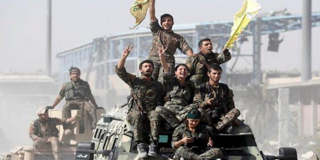 القوات الكردية تنسحب من بلدة أستراتيجية في شمال شرق سورية
