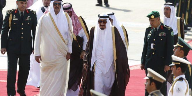 أمير قطر يتلقى دعوة للمشاركة في القمة الخليجية في السعودية