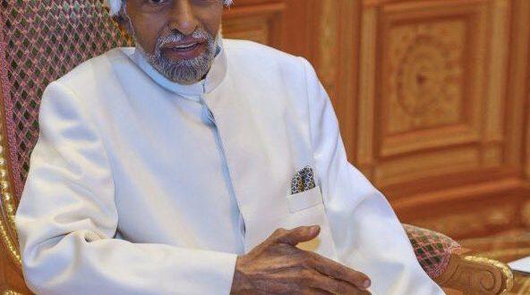 وصفت صحيفة نيويورك تايمز.. بأنه السلطان قابوس بن سعيد   أكثر الوسطاء براعة في المنطقة