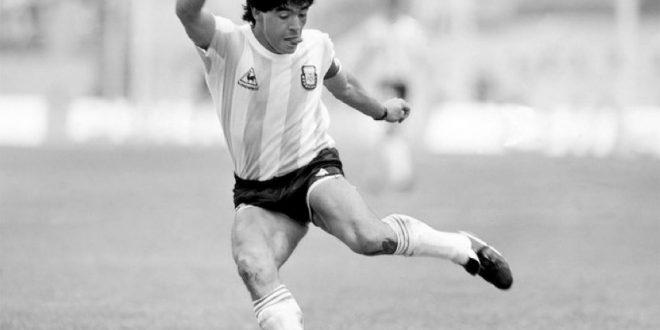 وفاة نجم كرة القدم الأرجنتيني دييغو مارادونا