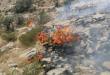 الدفاع المدني تواصل اخماد حريق نشب في منطقة رأس الحرق