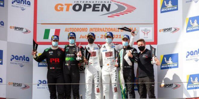 الفيصل الزبير يفوز بكأس الجولة الرابعة للبطولة الدولية المفتوحة GT