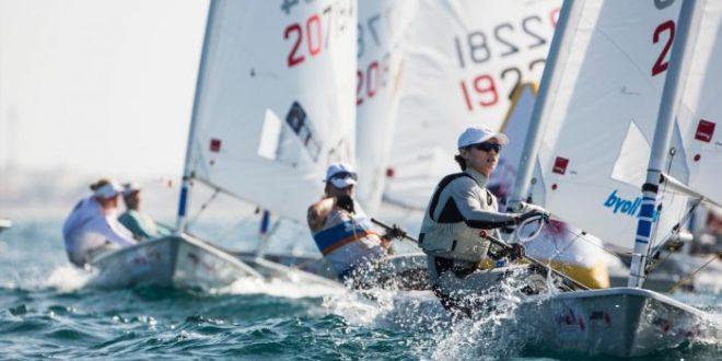 عمان للإبحار تستضيف بطولة العالم لقوارب الراديال 2021 بالمدينة الرياضية بالمصنعة